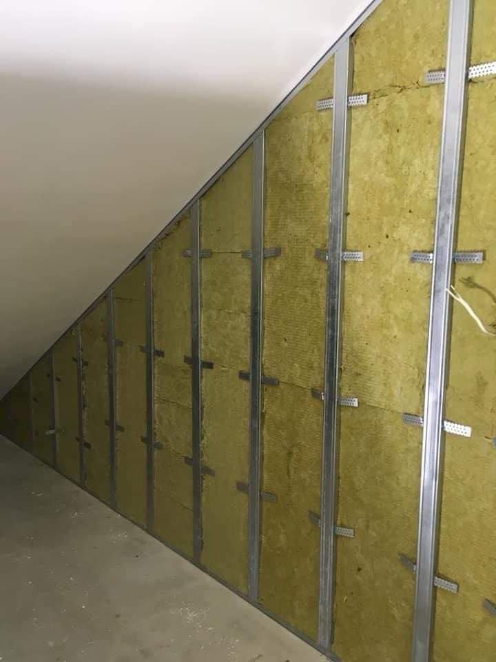 Weryfikacja ścian na budowie